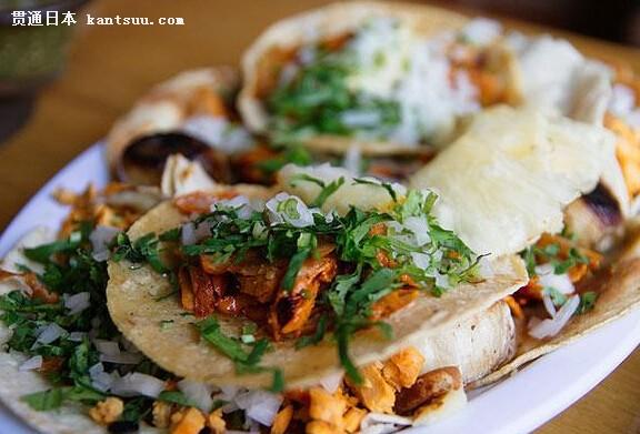茄和奶酪的油炸食品,而是真正的传统意义上的墨西哥玉米卷,在墨西